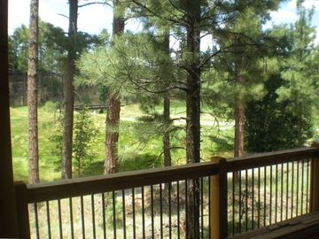 Show Low cabin rental - The veiw of the 18th green from the balcony