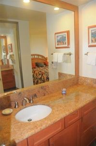 Kaanapali condo rental - Mstr bath dressing area w/ new granite counter