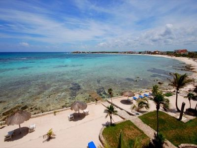 Akumal condo rental - La Sirena beach area and Half Moon Bay, Akumal Mexico - Oceanside of La Sirena. Great snorkeling just out front!