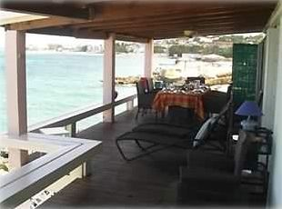 "45 ft. Private Porch ""watch the fish & turtles swim by"""