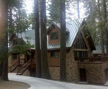 The Oso Lodge...The Perfect setting for your family's vacation!