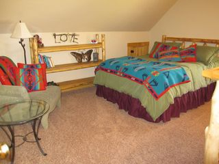 Crested Butte cottage photo - Bedroom 1 - Queen Bed