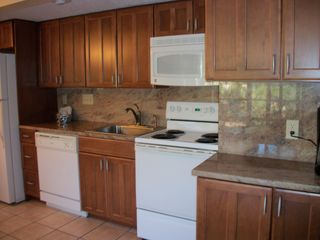 Kiawah Island condo photo - New Kitchen with granite countertops and backsplash