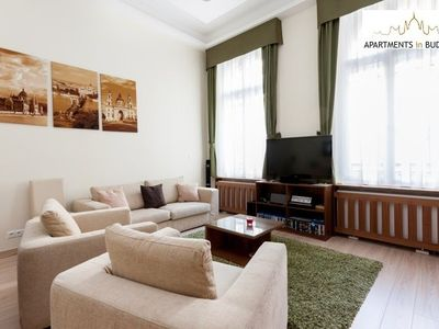 Opera Suite Apartment - Sitting room, 3D TV
