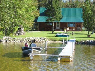 2 Bdrm Lake Front Log Home on S Manistique Lake with Fireplace