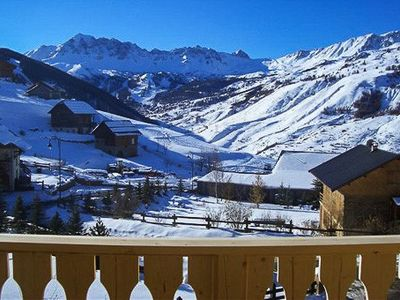 Chalet with stunning mountain views, 5 bedrooms, fully equipped.