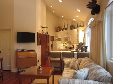 Cooper Landing apartment rental - As you enter, be welcomed by the most conscientious décor in any local rental.