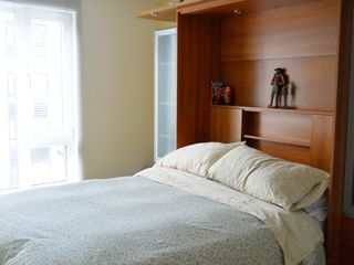 Montreal condo photo - Closed bedroom/ Chambre à coucher fermée