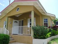 FREE PICK UP FROM AIRPORT SEAVIEW  24 HRS SECURITY WI/FI Cable 15 MINS OCHO/RIOS
