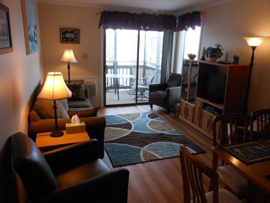 Oceanfront 2 BR 2 BA North Myrtle Beach VRBO