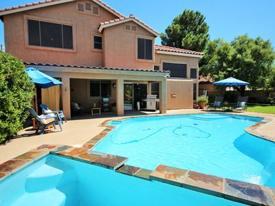 Summerlin Beautiful Home with Pool & Spa 3 bedrooms 3 baths
