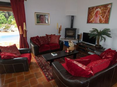 Bandol villa rental - Lounge with Sky HD TV, Apple TV, Xbox 360, Airplay Hifi & Wifi