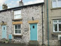 WYECLIFFE COTTAGE, family friendly in Tideswell, Ref 27238