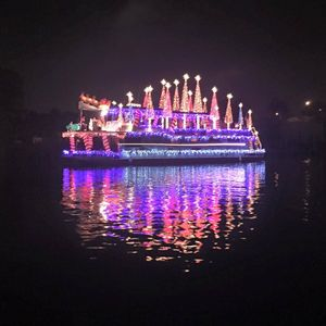 December 10th - Enjoy the 31st Annual Christmas Lighted Boat Parade