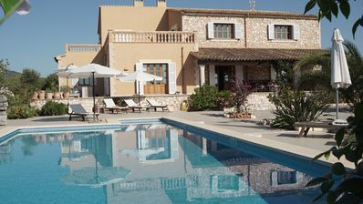 leisurely holiday in complete privacy with pool, sea views and beach nearby