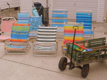 6 Beach Chairs, Beach Tags, Beach Cart and Wagon