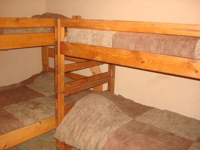 Bedroom w/ Bunk Beds