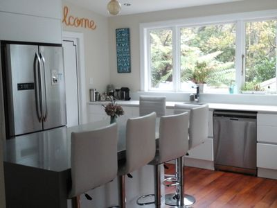 Privacy, sunny, sheltered and close to Wellington