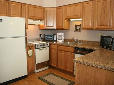 Full size kitchen appliances, dishes, pots and pans: All the comforts of home!