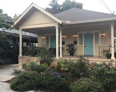 Mid City Near Streetcar, Minutes to French Quarter, Uptown, and City Park