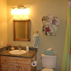 Somers house photo - The Beach bathroom