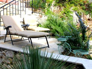 Dubrovnik villa photo - Soak up some sun in the loungers by the pool.