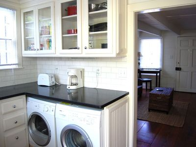 Full Kitchen. Also Includes Washer and Dryer!