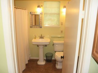 Leander cottage photo - Bathroom