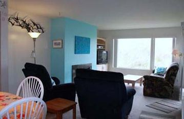 Pajaro Dunes condo rental - Living area with view to the dunes and sunset
