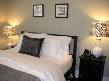 Queen bedroom #2 with luxurious bedding