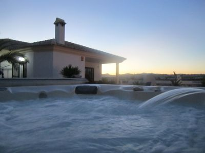 Luxury Villa with Private Pool & Jacuzzi