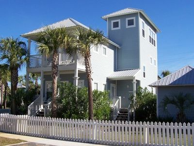 The 'Hang Loose' cottage is  in the heart of the Sandestin area.