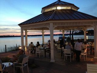 Cedar Lake cabin photo - Outdoor Dining at Lighthouse Retaurant on Cedar Lake.