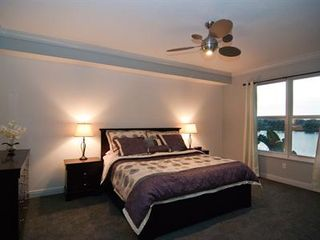 Cocoa Beach condo photo - Lovely master suite with king size pillowtop & great views!