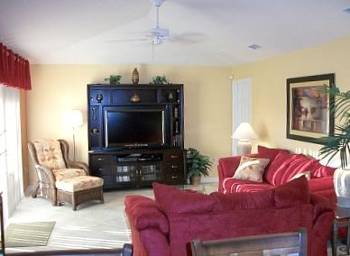 "Family Room - Direct Pool Access - 48"" LCD TV - 100+ DVD's - Blueray - Wii -"