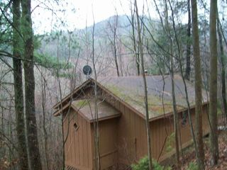 Helton Falls Lodge Bear Getaway Cabin Towards