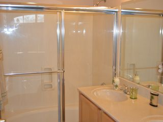 Mesa condo photo - En suite bathroom with dual sinks and extra large tub/shower