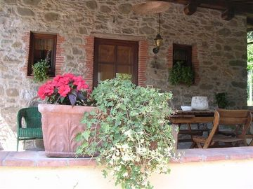 Pescaglia house rental