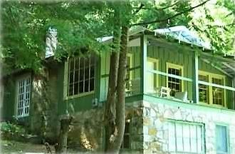 Hendersonville cottage rental - Surround yourself in nature's beauty at the Daisy Cottage