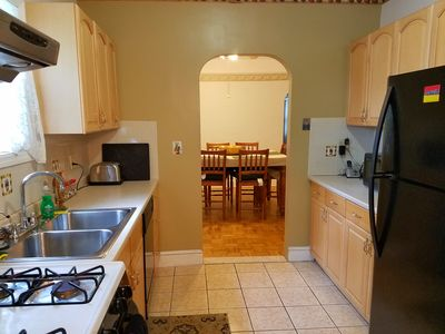 Spacious Apartment in a quiet and friendly tree lined neighborhood