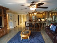 Beautiful Three-Bedrooms+Den, Two-Bath Condo in Indian Shores - Sleeps 8