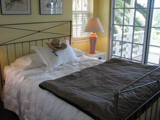 Tavernier house photo - Date Nut Palm Guestroom features queen bed and ocean views!