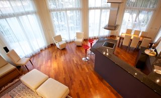 Milna villa photo - Living area with beautiful teak floors throughout