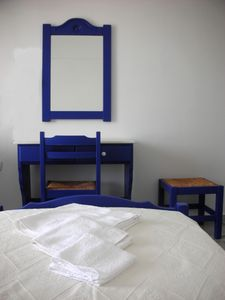 Paros apartment rental - The yellow room