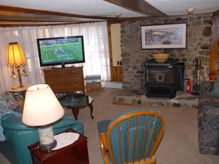 North Conway cottage photo - Living room