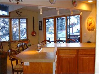 Aspen condo photo - Newly remodeled spacious kitchen