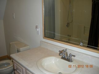 Pittsburg chalet photo - 1 of 2 full baths in home on 1st fl and top fl with master bedrm
