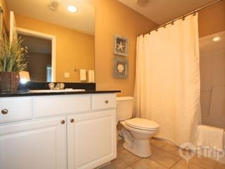 Gulf Shores condo photo - 2nd guest bathroom