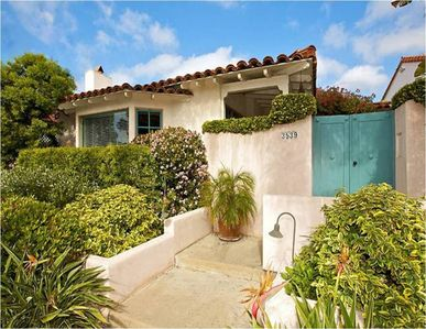 Casa Paloma San Diego - a Classic Spanish Revival Vacation Rental in Mission Hills
