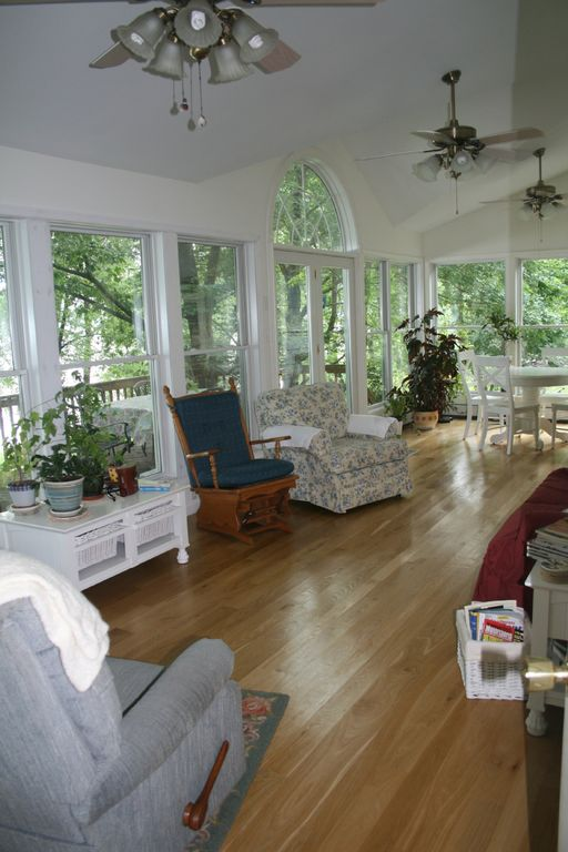 You'll never want to leave the sunroom!